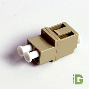 LC Duplex Adapter MM OM2 Firkantet type